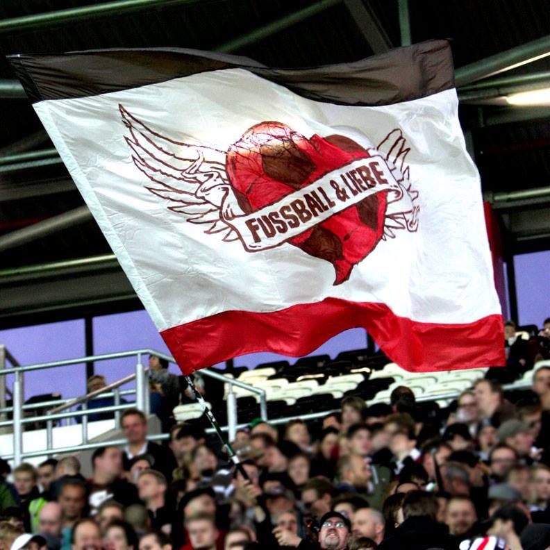 Zeige deine Liebe mit deiner eigenen Fahne! Foto: Antje Frohmüller
